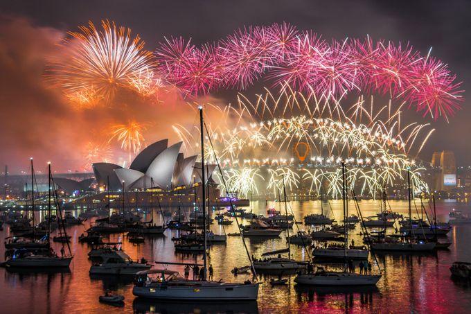Sydney Fireworks by NielsFahrenkrogPhoto