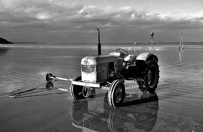 Beach tractor II BW
