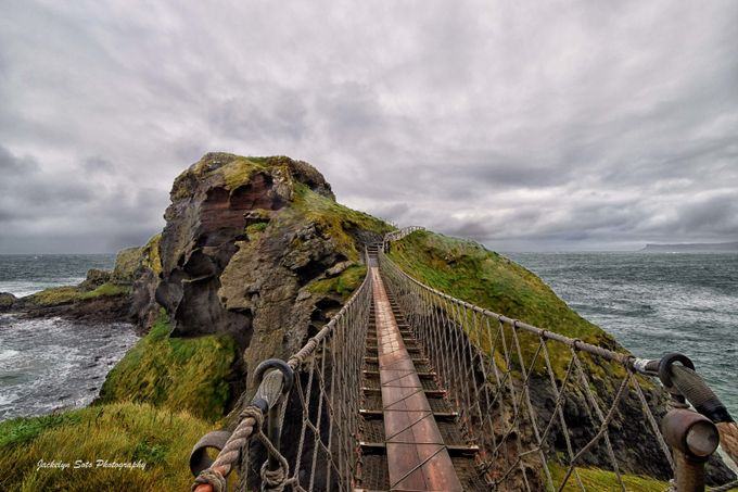 carrick-a-rede rope bridge 1 by jackesoto - Islands Photo Contest