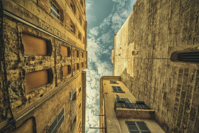 Le Panier by pavelblahnik - Clever Angles Photo Contest