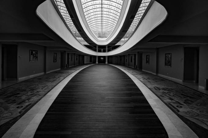 1st Floor by KoreaSaii - Structures in Black and White Photo Contest