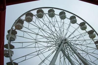 Long Beach Ferris wheel