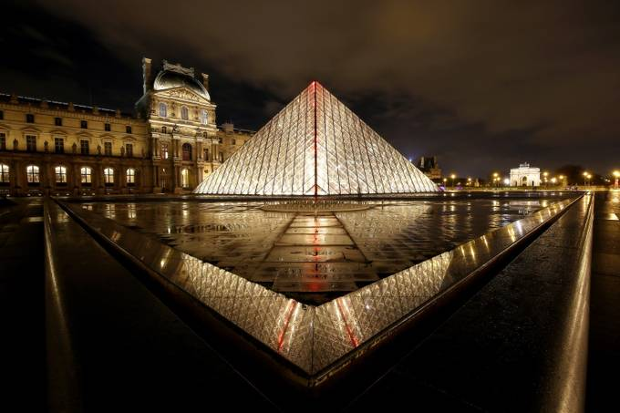 The heart of the Louvre. by davidparenteau - Paris Photo Contest