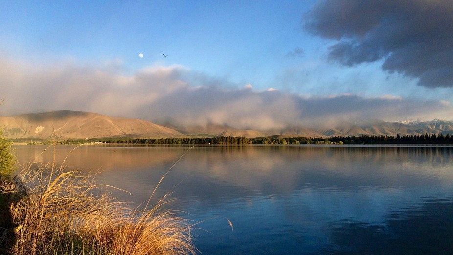 Photo taken just after sunrise at Lake Ruataniwha, New Zealand. This lake is a rowing venue, a be...