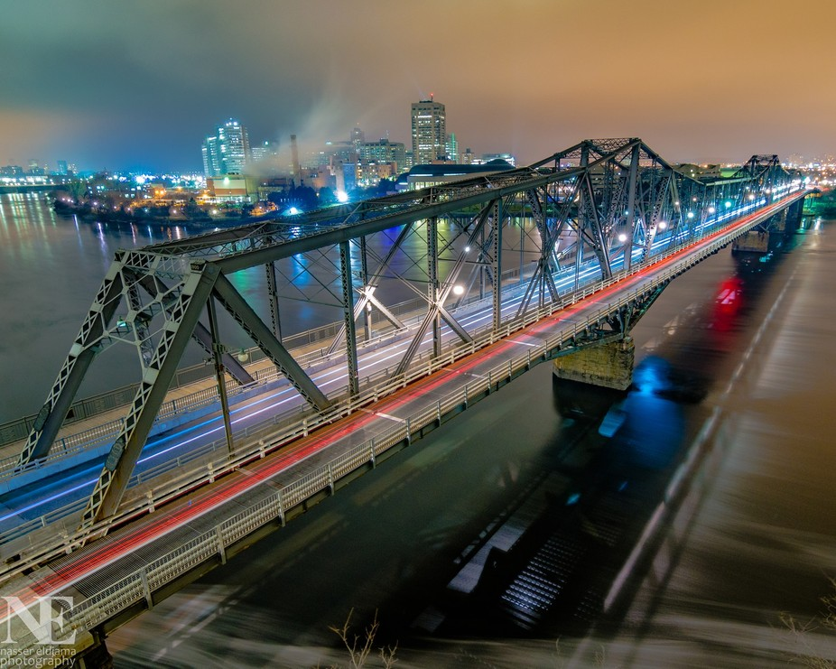This is the latest shot of the Alexandra Bridge, yesterday night, around midnight. It was relativ...