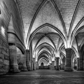 Conciergerie in Black and White