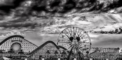 Disney Screamin Black n White