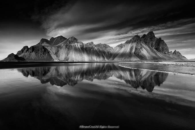 Vesturhorn by BrunoCruz - Rugged Landscapes Photo Contest