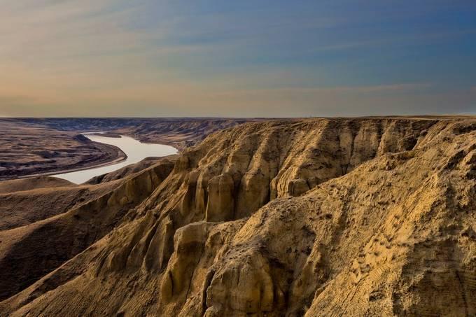 Merdidian Dam by RyanWunsch