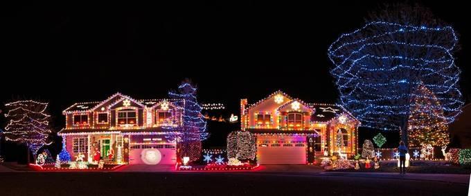 _MG_9781-Pano-Edit-Edit.jpg by Ctgilbert - Holiday Lights Photo Contest 2017
