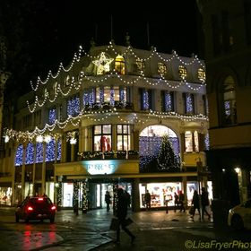 Jarrolds of Norwich all lit up for Christmas