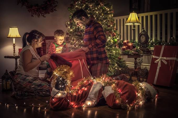 The Heist by G-Mac81 - Family In The Holidays Photo Contest