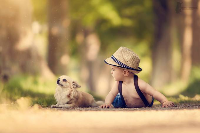 Big friends by Fotostyle-Schindler - Children and Animals Photo Contest