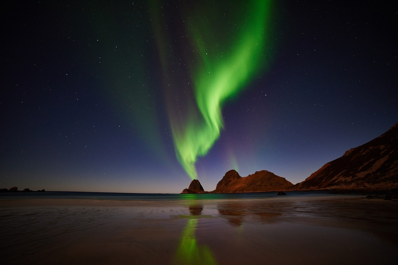 40+ Photographers Sharing The Beauty Of The Aurora Borealis