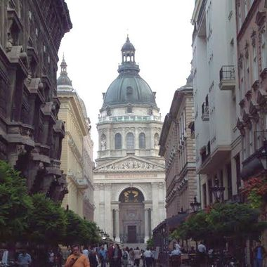 Peering out from the city streets, Stephen's Budapest.