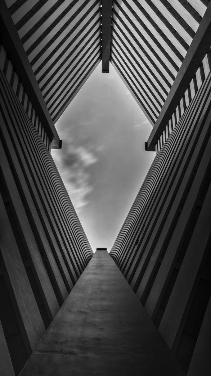 Diagonal living by GkCM - Black And White Wow Factor Photo Contest