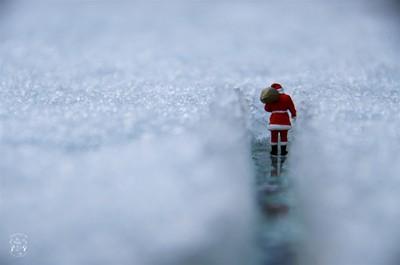 Santa's leaving