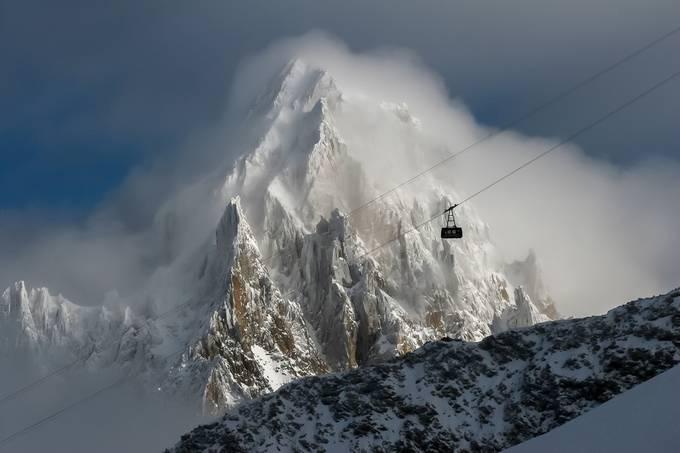 gondola by alexey_gorshenin - Creative Travels Photo Contest