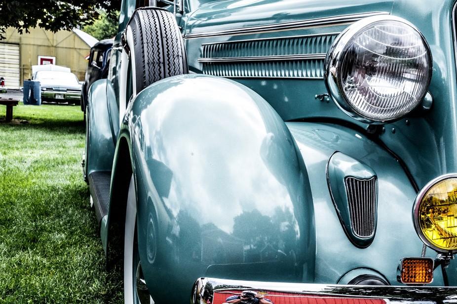 1935 Dodge at a car show