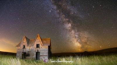 Gable House Milkyway