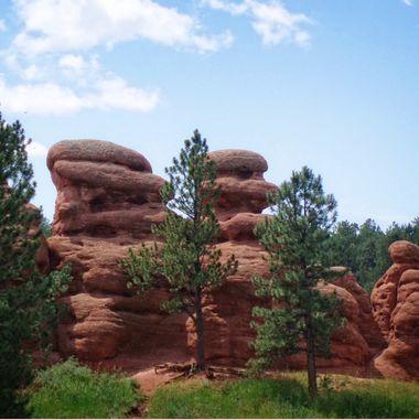 Red sandstone hoodoos near Woodland Park, Colorado