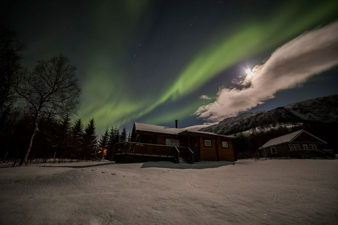 Cabin under the moon light by zlimmen - Playing With Light Photo Contest