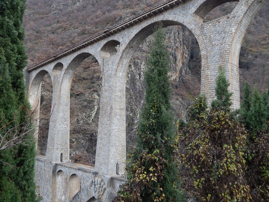 train bridge in Pyrénées Catalanes