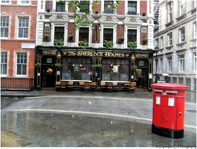 The Sherlock Holmes restaurant on a rainy Sunday afternoon