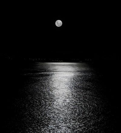 The Christmas moon