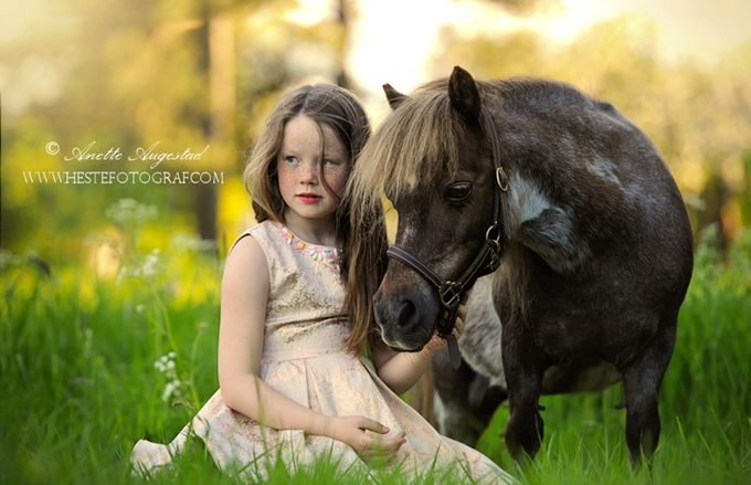 Tiny Friends by Hestefotograf - Children and Animals Photo Contest