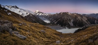Hooker valley in the evening
