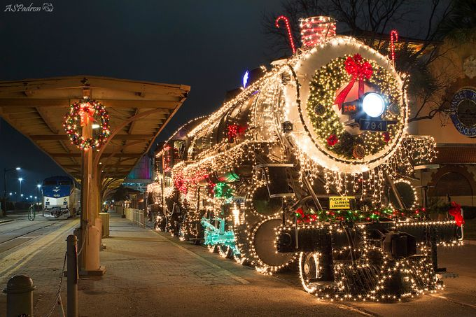 Christmas Station - Sunset Station - San Antonio by AlvaroPadron - Holiday Lights Photo Contest 2017