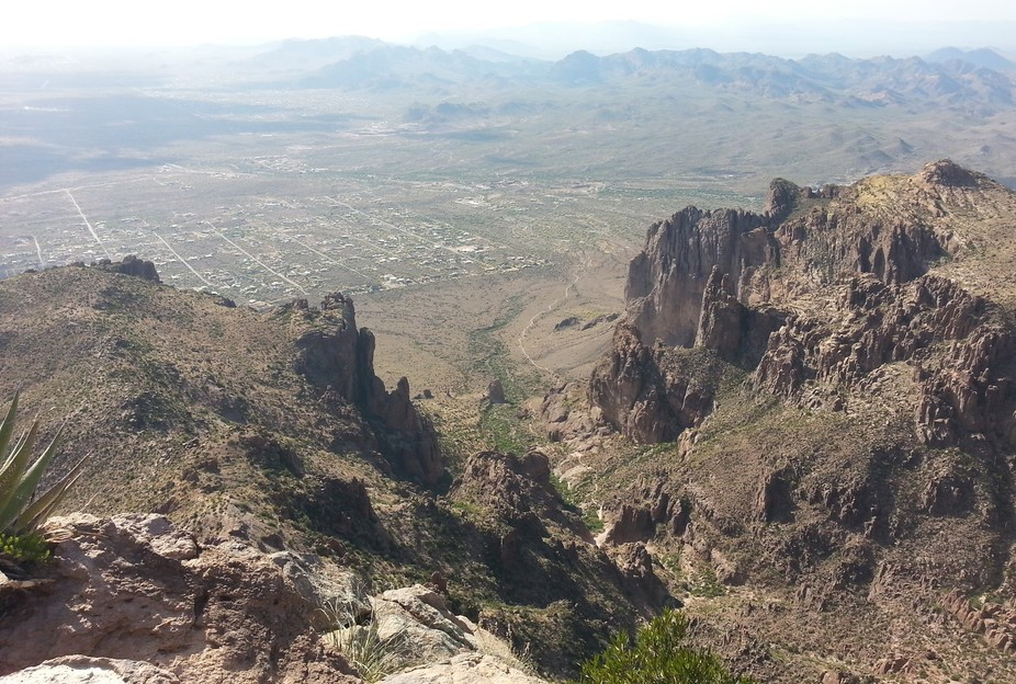 This image was capture from the Flat Iron, a natural moment that is reached by hiking up the Siph...