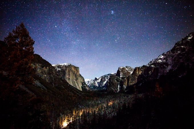 Tunnel view night sky by mars1026 - Resource Travel Inspiration Photo Contest vol2