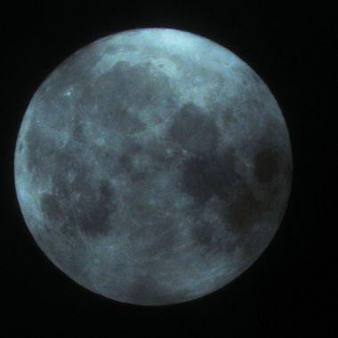 tripod moon 2