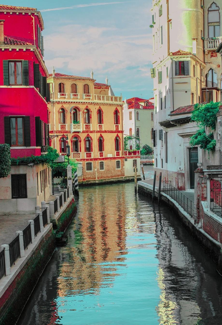 A secluded neighborhood in Venice