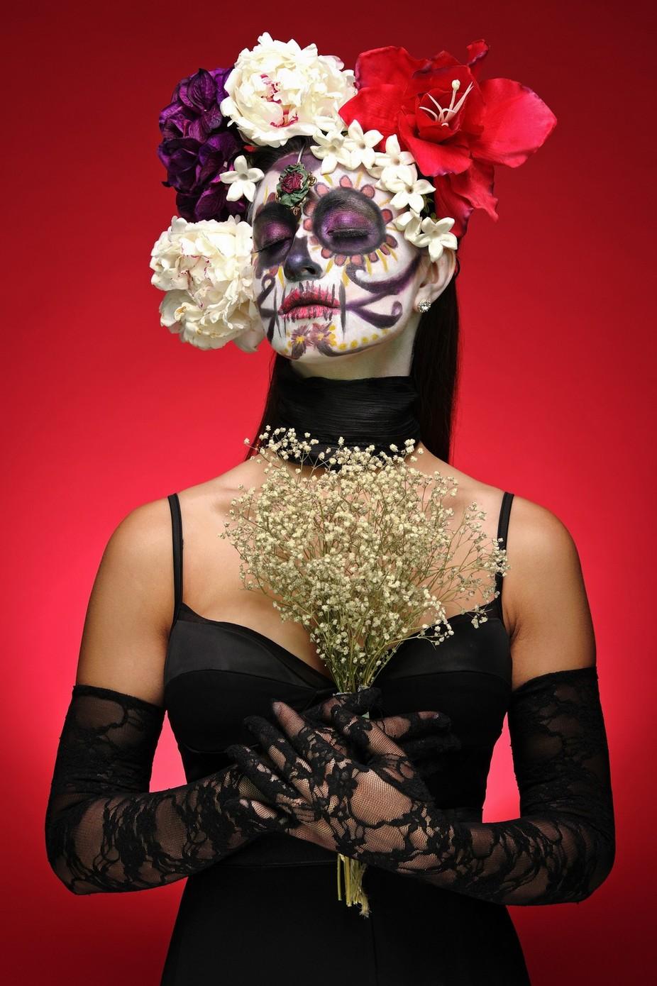 Día de Muertos by Rob_Lopshire - Gloves Photo Contest