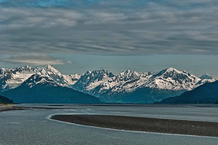 Going bck to Anchorage along the Turnagain Arm.