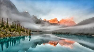 morraine lake sunrise