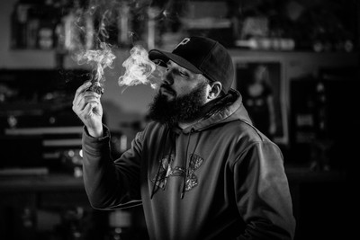 Cigars w-Aaron-2015 (120 of 133) v2-2a