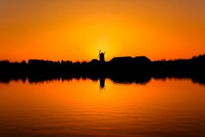 Caldecott Lake Sunset