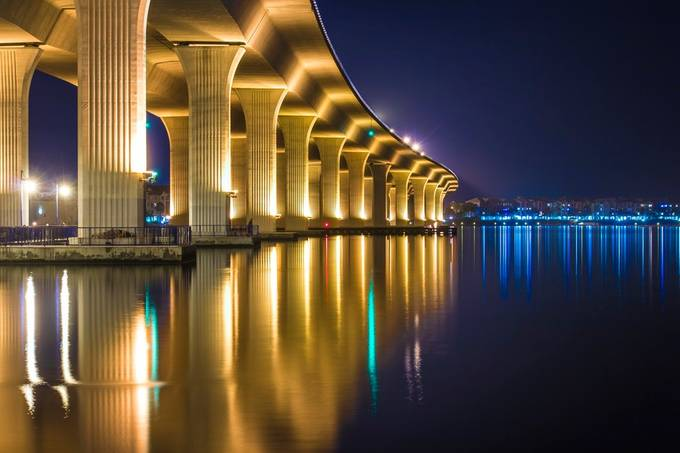 Roosevelt Bridge Reflection Landscape by jpfotos - Modern Cities Photo Contest