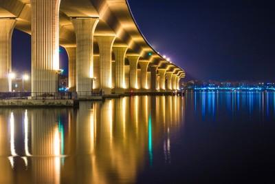 Roosevelt Bridge Reflection Landscape