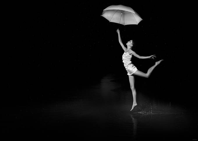 she still won't sing under the rain by PoloD - The Art Of Levitation Photo Contest