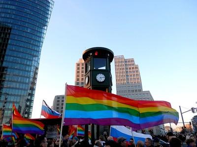 Rainbow Flame Berlin 2014 – Love is not for Propaganda