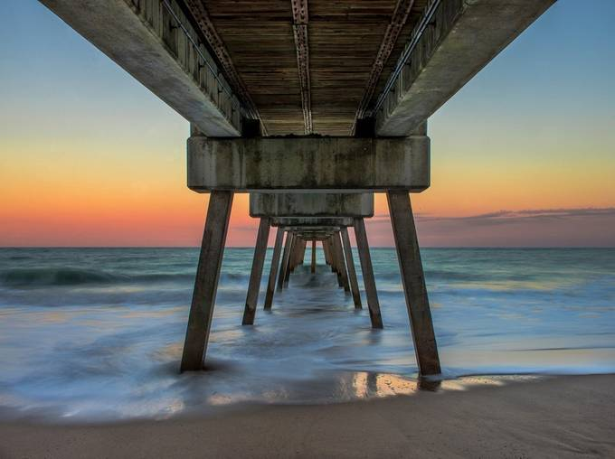 verosunsetpier-100-2web by kirstenkphotography