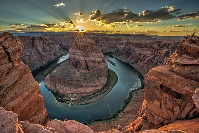 Horseshoe Bend by TerryGunter