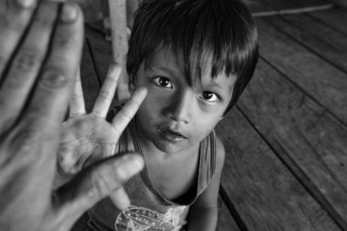 High-Five Kiddo by pedropulido - Innocence Photo Contest
