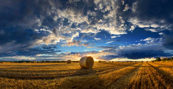 Hungarian skies CLXXIII. by ZsoltZsigmond - Unforgettable Landscapes Photo Contest by Zenfolio