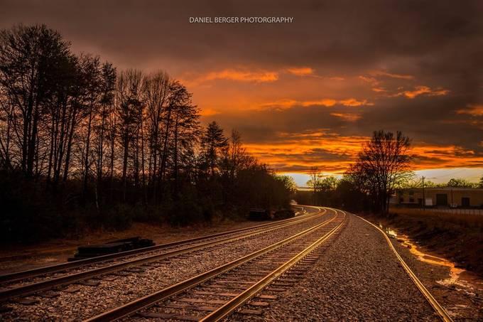 Golden tracks by dberger - Empty Railways Photo Contest